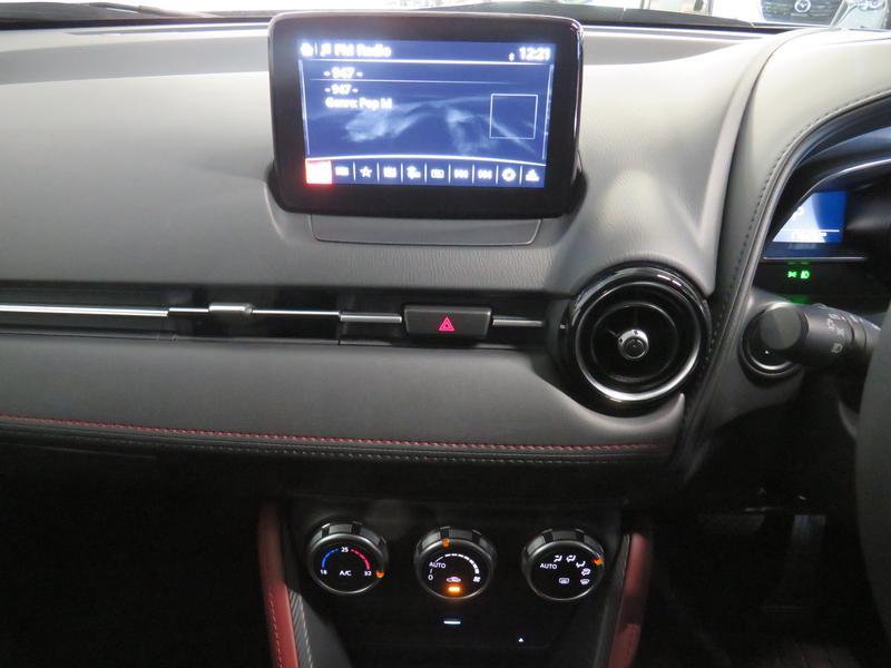 Mazda CX-3 2.0 Individual At Image 10