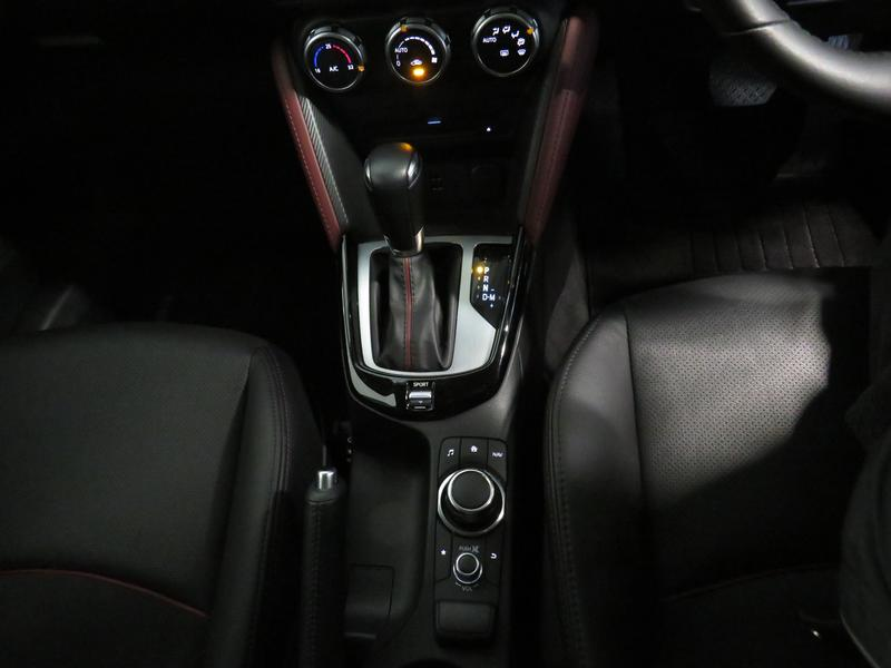 Mazda CX-3 2.0 Individual At Image 11