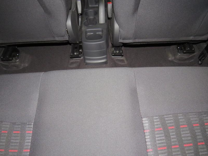 Ford Figo 1.5 Tivct Ambiente 5-Door Image 13