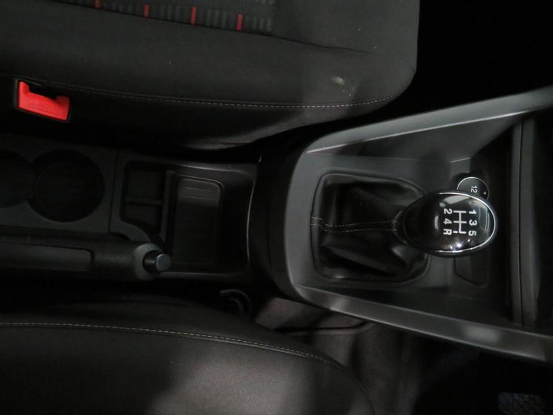 Ford Figo 1.5 Tivct Ambiente 5-Door Image 8